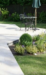 Ampilly French Limestone patio
