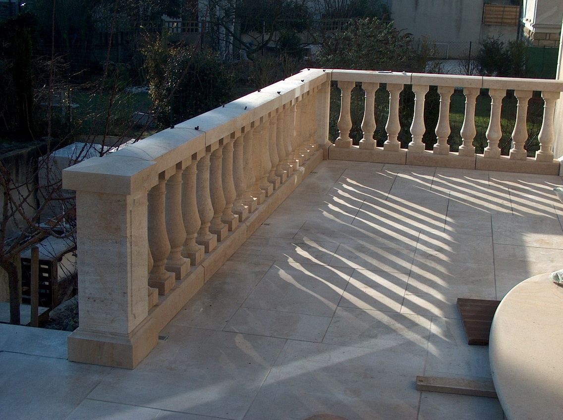 Aubigny French Limestone balustrade and paving