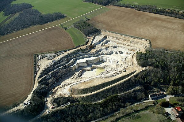 French limestone Chamesson quarry - open for business during Covid-19