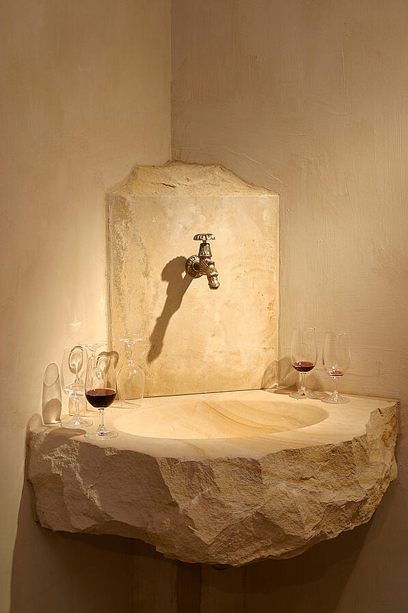 Pierre de Bourgogne French limestone wine sink