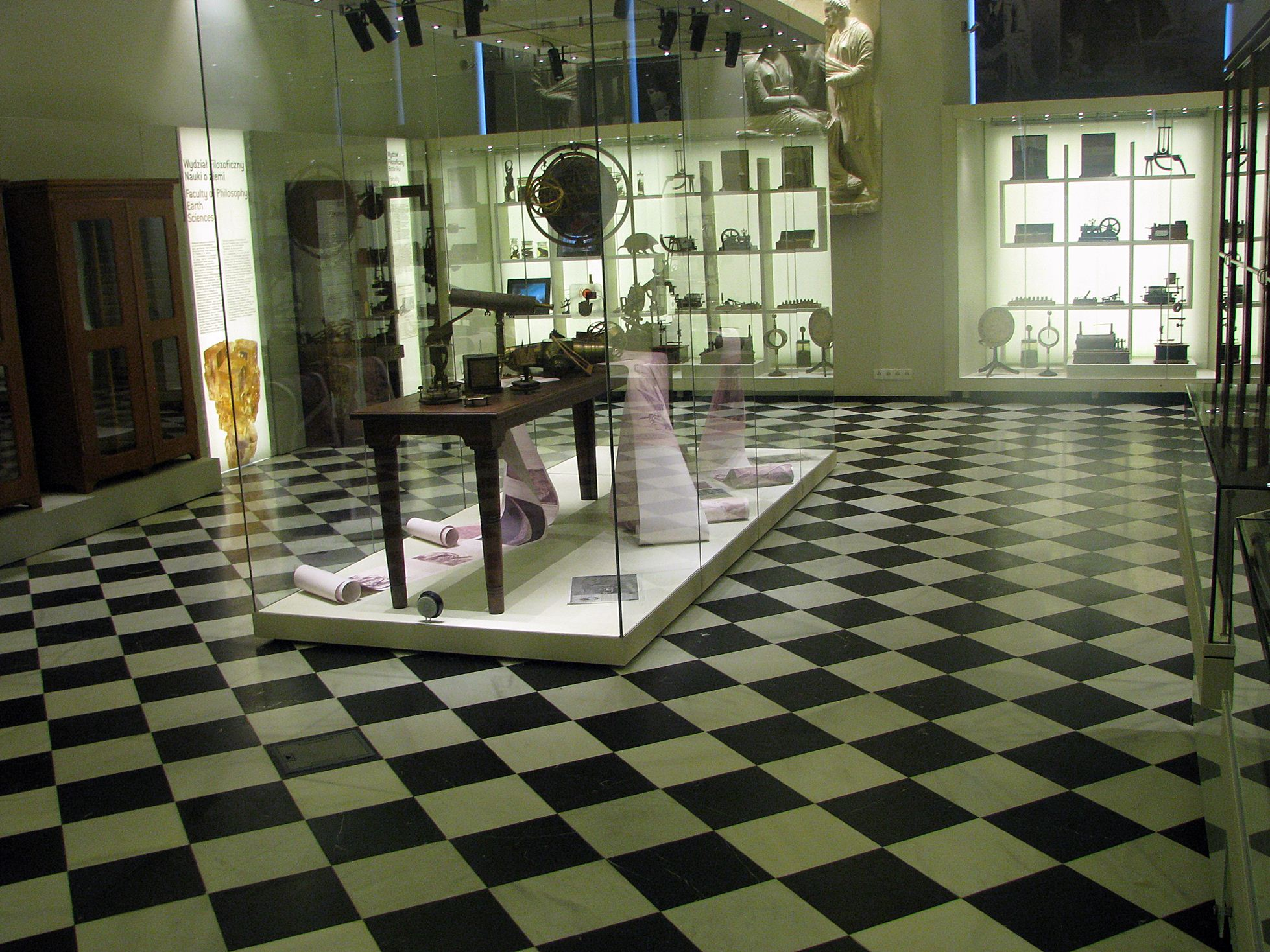 Blanco Macael and Nero Marquina Spanish flooring black and white marble floor tiles