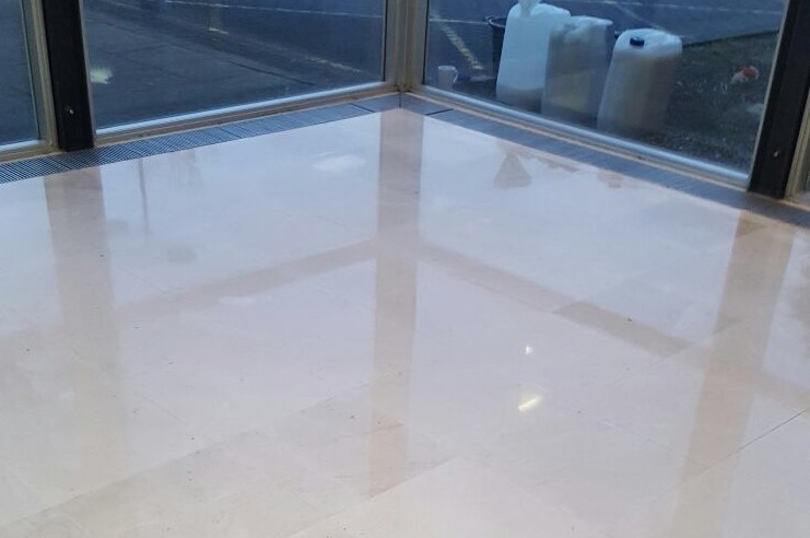 Restoration of a limestone floor - after cleaning