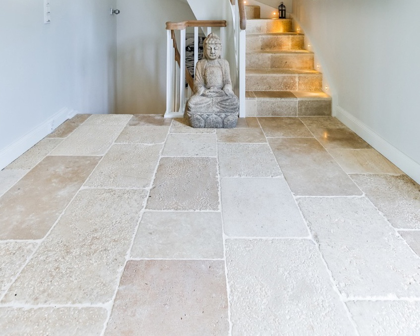 Vieux Monde reclaimed look French limestone